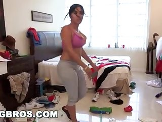 BANGBROS - Chunky Bootie Cuban Lady Angelina Cleans And Gets Smashed!