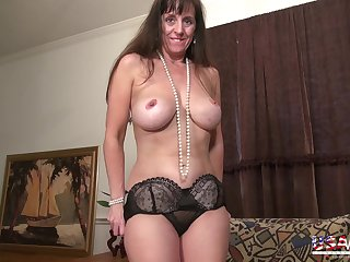 Nice wives from USA pictured in this slideshow compilation video