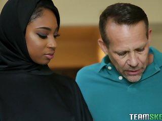 Arab, Couple