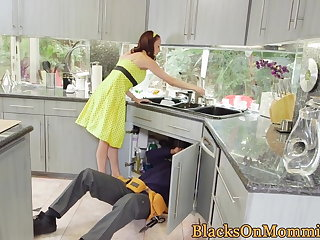 Housewife BBC stuffed in interracial troika