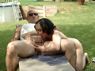 Probative MILF with saggy knockers Yasmeena rides fat cock wild