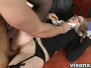 Bad secretary punished with spanking and anal dealings