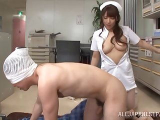 Busty Asian Shiori Kamisaki is the real master of a blowjob and a teat job