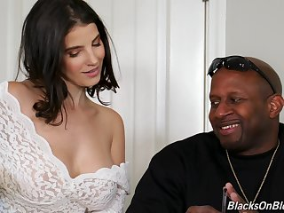 Kinky Lasirena works more than two massive black cocks on presentation by means of trilogy
