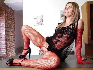 Naughty blonde cutie Margarita spreads her frontier fingers to masturbate